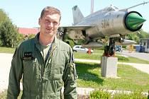 Vojenský pilot Michal Daněk.