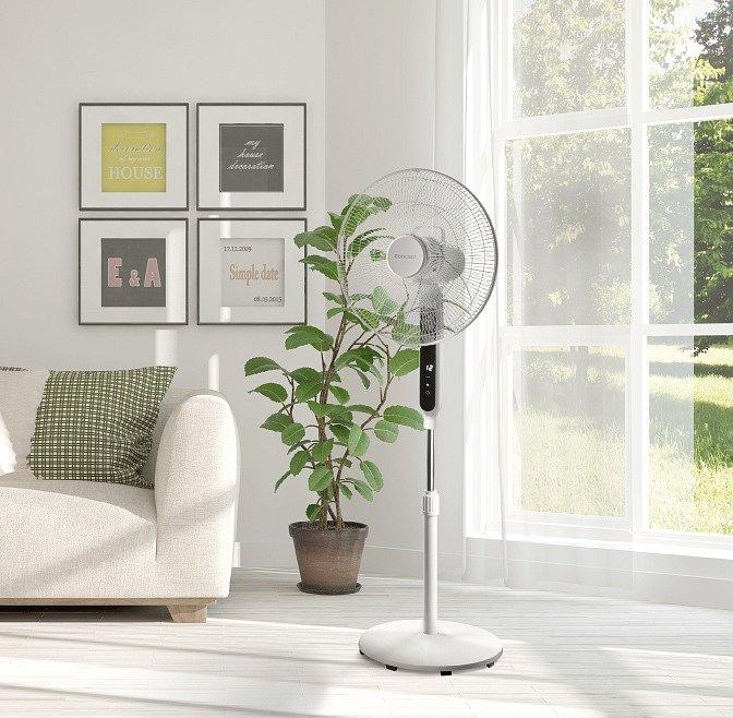 Stojanový ventilátor Concept VS5030 je osazen 7 lopatkami, jeho výšku lze nastavit od 90 do 130 centimetrů a nabízí 3 rychlosti proudění, které lze regulovat pomocí ovládacího kolečka.