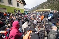 V Brennerském průsmyku demonstrovaly stovky lidí proti kontrolám.