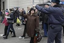 Dvě exploze otřásly v pondělí 29. března ráno metrem v ruském hlavním městě.