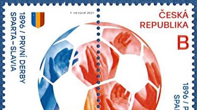 Známka vlevo je pro sparťany, známka vpravo zase pro slávisty (dohromady pak tvoří míč)