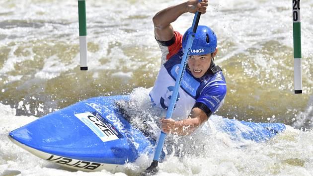 Kajakář Jiří Prskavec obsadil v úvodním závodu Světového poháru vodních slalomářů v Londýně druhé místo