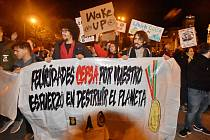 Do ulic Madridu vyrazilo na půl milionů lidí, včetně aktivistky Grety Thunberg a herce Javiera Bardema.