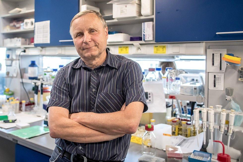 Molekulární imunolog Václav Hořejší