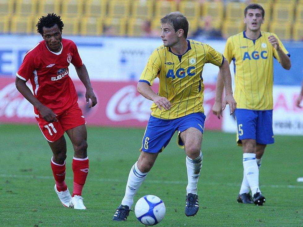 Teplice - Hapoel Tel Aviv: Vidlička (6),  Ljevakovič (5) - Yeboah (11).
