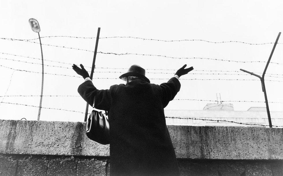 Berlínská zeď rozdělila rodiny na víc než čtvrtstoletí