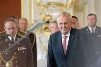 Prezident Miloš Zeman při příležitosti 73. výročí ukončení druhé světové války jmenoval 8. května 2018 na Pražském hradě jmenoval šest generálů.