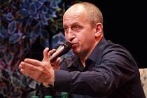 Nekompromisní moderátor Jan Kraus se ocitne na druhé straně barikády
