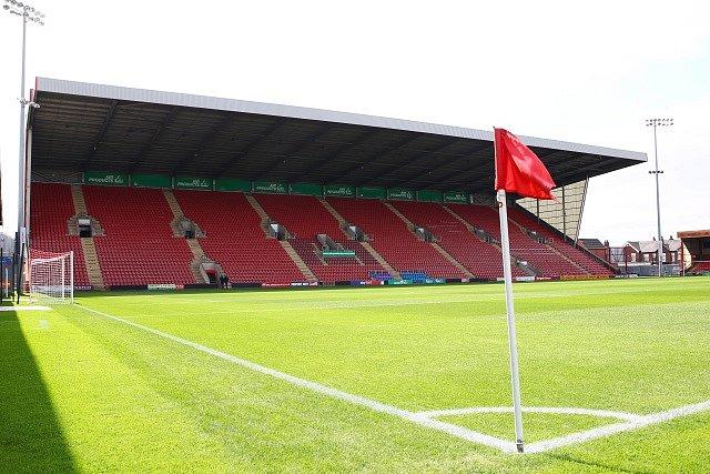 Alexandra Stadium, kde hraje Crewe svá domácí utkání.