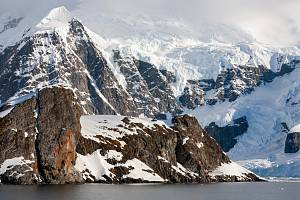 Antarktická půda vědce šokovala, neobjevili v ní totiž žádné mikroby…