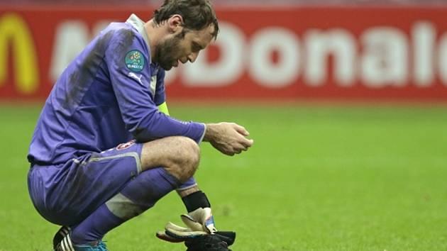 Brankář Petr Čech po prohře ve čtvrtfinále mistrovství Evropy.