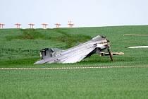 Na čáslavské letecké základně havaroval gripen maďarské armády. Piloti se katapultovali, letadlo skončilo za přistávací drahou v poli.