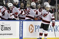 Hokejový útočník Patrik Eliáš v dresu New Jersey Devils.