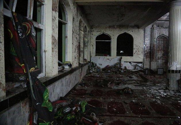 V kábulské mešitě se odpálil sebevražedný atentátník.