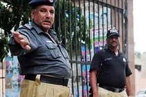 Policisté v pákistánském Paňdžábu musejí hubnout, pokud se nevejdou do kalhot s pasem do 96 centimetrů.