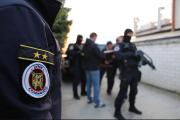 Policisté provádějí razii v domě slovenského podnikatele Kočnera.Policisté provádějí razii v domě slovenského podnikatele Kočnera.