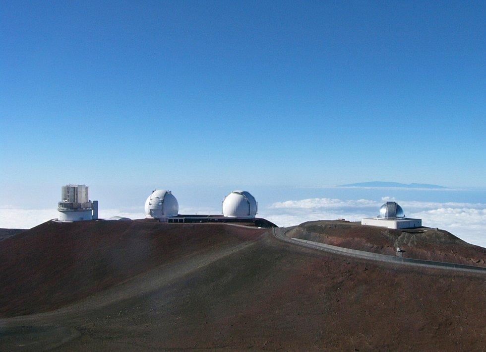 Observatoře Mauna Kea na Havaji.