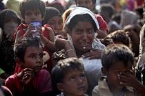 Rohingiové v uprchlickém táboře