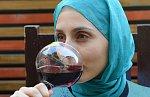 Na černý trh v Kábulu se prý dostal alkohol, určený původně evropským diplomatům