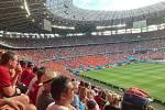 Atmosféra na plném stadionu v Budapešti.