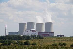 Česká elektrárna Temelín. Polské jaderné elektrárny mají být mnohem menší.