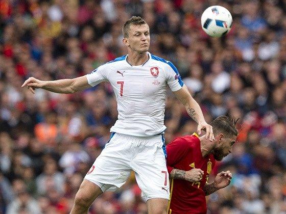 Tomáš Necid v zápase proti Španělsku
