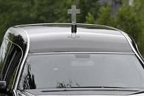 Pohřební vůz. Ilustrační snímek