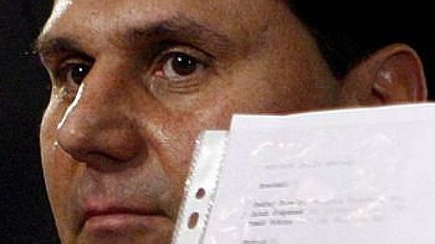 Vladimír Růžička představuje svoji očíslovanou nominaci.