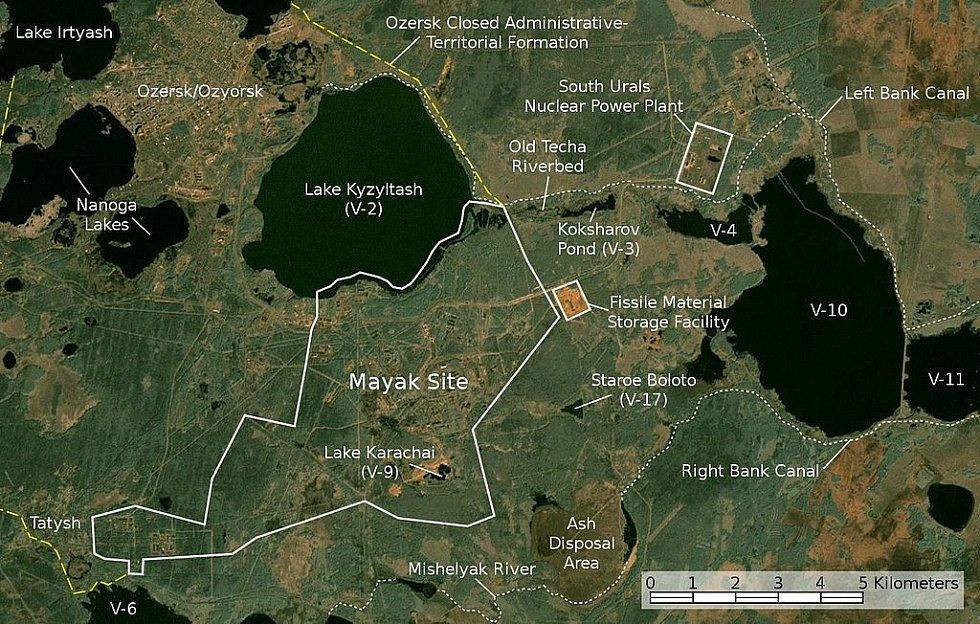 Satelitní pohled na ruské jezero Karačaj