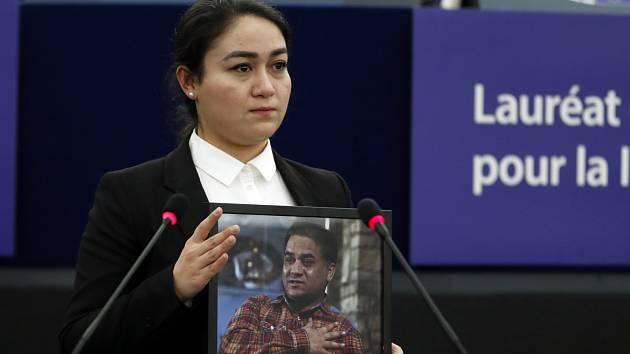 Dcera ujgurského akademika Jewher Ilhamová