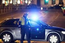 Útočník ve Vídni pobodal čtyři lidi, jeho motiv není jasný