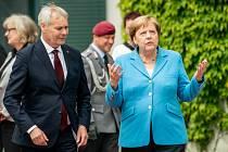 Německá kancléřka Angela Merkelová (vpravo) a finský premiér Antti Rinne.