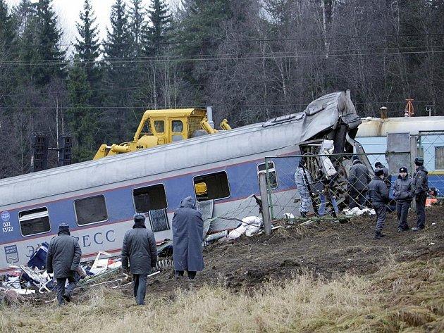 Nehoda rychlíku spojujícího Moskvu a Petrohrad.