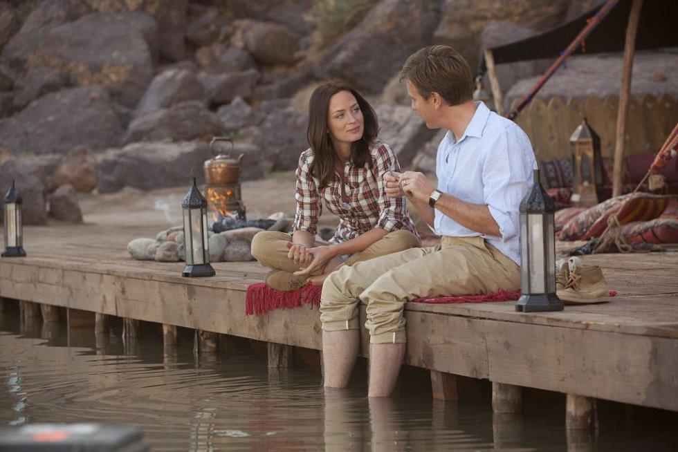 LOSOSI V JEMENU: Ewan McGregor a Emily Blunt