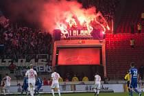 Zápas Stuttgart - Schalke byl hodně bouřlivý