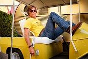 Tým snů. Brad Pitt a Leonardo Caprio ve snímku Tenkrát v Hollywoodu