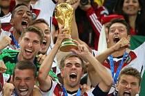 Philipp Lahm s trofejí