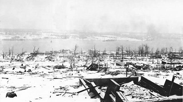 Výbuch v Halifaxu srovnal se zemí vše v okruhu dvou kilometrů