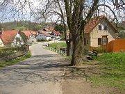 Obec Hrusice, rodiště Josefa Lady