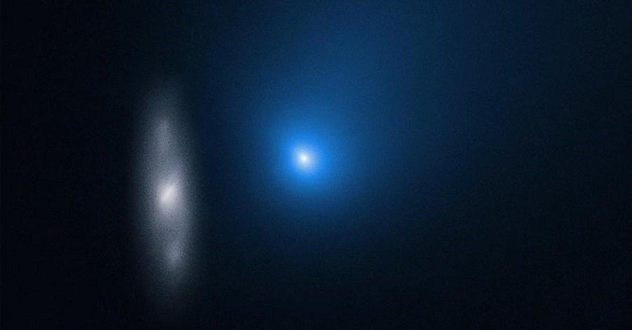 Kometa na snímku Hubbleova dalekohledu z 16. listopadu