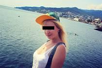 Liza M., přítelkyně Andreje Babiše mladšího.