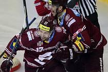 Čtvrtý zápas semifinále: Sparta vs. Třinec, radost domácích hokejistů