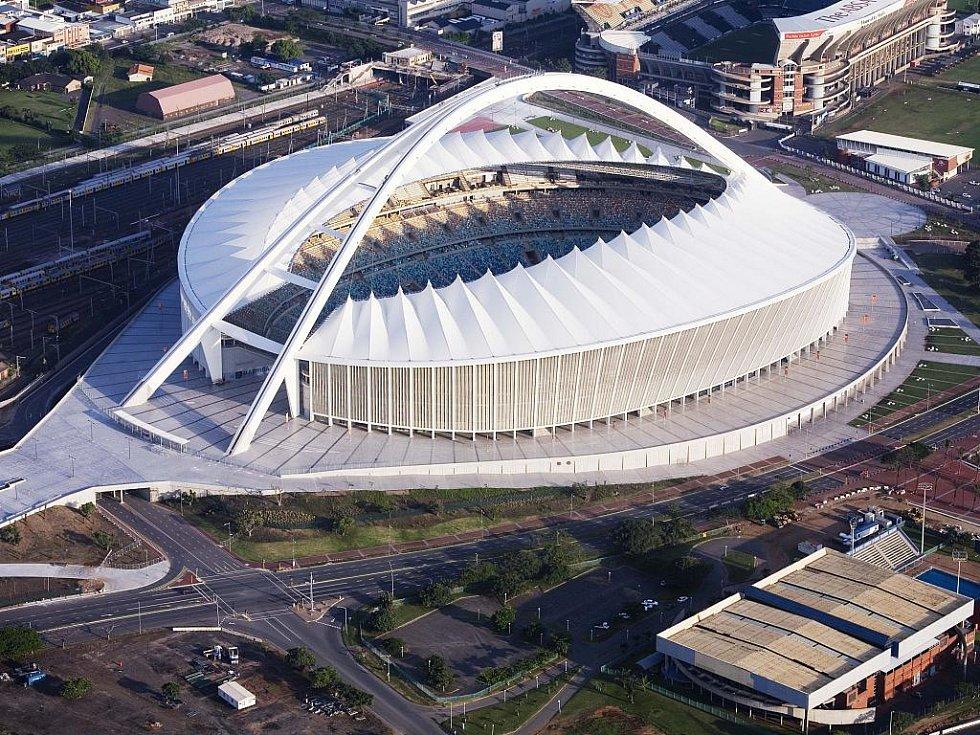 Durban Stadium – Durban. Kapacita: 69 957.