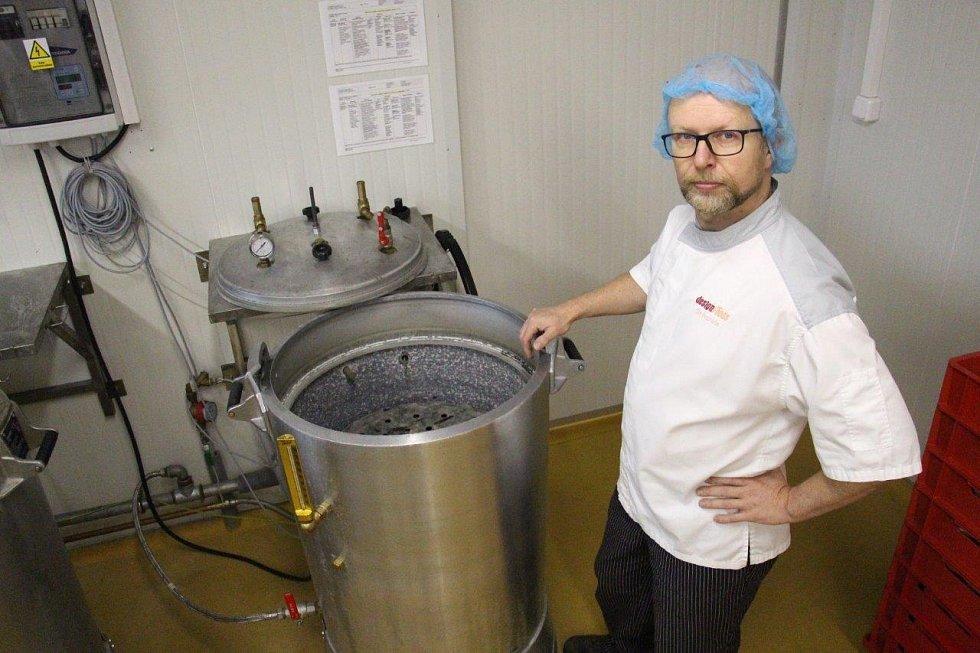 Konzervárnu založil Olin Bezchleba v roce 2011 po 18 letech působení v gastronomii a potravinářském průmyslu.