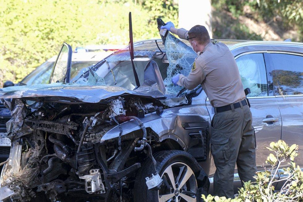 Automobil amerického golfisty Tigera Woodse, s nímž havaroval 23. února 2021 v oblasti Los Angeles