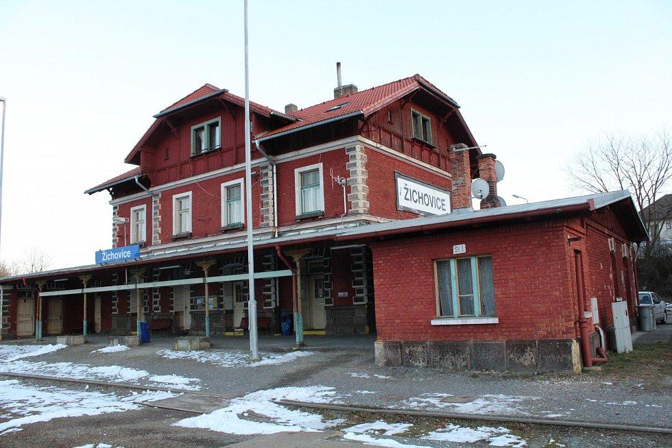 Železniční stanice Žichovice
