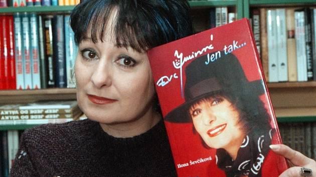 Novinářka Eva Jurinová (na archivním snímku z 13. března 1998).