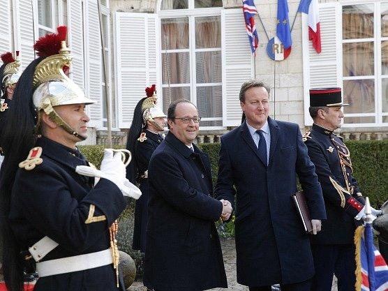 Francois Hollande a David Cameron