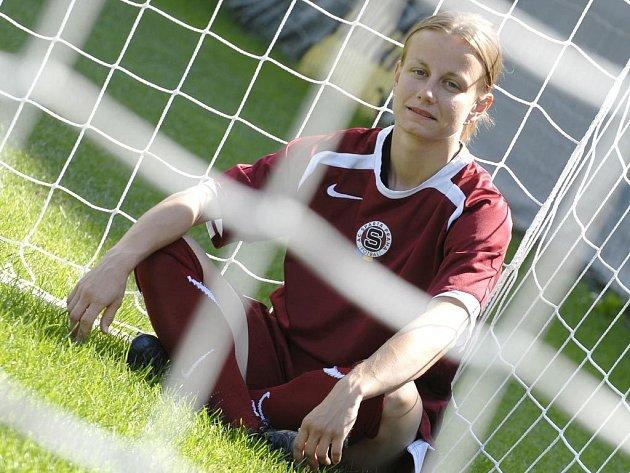 Fotbalistka Kateřina Došková