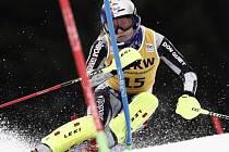 Česká lyžařka Ester Ledecká v kombinačním závodu Světového poháru ve švýcarské Crans Montaně.